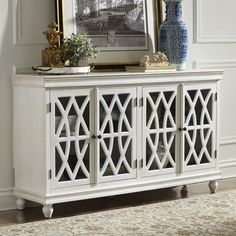 Store your extra dinnerware, flatware, and table linens in a buffet table or sideboard. Shop our great selection of stylish buffet tables and sideboards. Muebles Living, Interior Paint Colors, Interior Painting, Painting Doors, Painting Canvas, Painting Tips, Interior Design, Painting Techniques, Sideboard Buffet