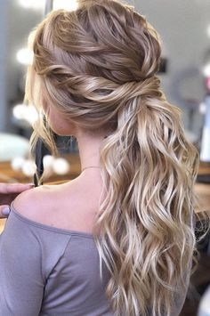 53 Best Ponytail Hairstyles { Low and High Ponytails } To Inspire , hairstyles weddinghair ponytails wedding hairstyles ponytail weddinghairstyles Prom hairstyle, easy ponytails, puff ponytails 602145412660750213 Wedding Ponytail Hairstyles, Ponytail Updo, Braided Hairstyles, Easy Homecoming Hairstyles, Bridal Ponytail, Hairstyles Haircuts, Prom Hairstyles For Long Hair Curly, Hair For Prom, Long Hairstyles