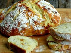 Easy Artisan Roasted Garlic-Rosemary Bread from NoblePig.com