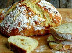 Easy Artisan Roasted Garlic-Rosemary Bread from NoblePig.com