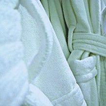 Eliminar manchas de aceite en la ropa los remedios de la - Como quitar manchas de lejia ...
