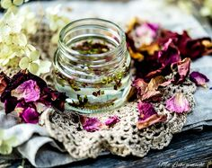 Kraut, Healthy Life, Wedding Rings, Engagement Rings, Diy, Witch, Jewelry, Herbs For Health, Homemade Cosmetics