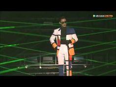 탑(TOP) - 둠다다(DOOM DADA) (20160306 MADE TOUR FINAL LIVE IN SEOUL) - love his outfit