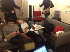 These two can fall asleep anywhere♥♥♥ Connor and Brad ♥ Bradley Simpson, Bradley The Vamps, Will Simpson, Eleanor Calder, British Boys, Perrie Edwards, Michael Clifford, 1d And 5sos, Duchess Kate