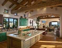 Tuscan Kitchen With Hardwood Floor And Exposed Beams Over Island With Floral Countertop And Distressed Cabinets : Timeless Tuscan Kitchen - Strandedwind Home Inspiration Italian Farmhouse, Italian Home, Italian Villa, Modern Farmhouse, Tuscan Kitchen Design, Farmhouse Design, Tuscan Kitchens, Rustic Kitchen, Timber Kitchen