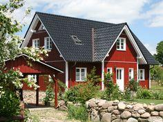 Göteborg Holzhaus • Schwedenhaus von Fjorborg Häuser • Klassisches Blockhaus mit Kapitänsgiebel und moderne Raumaufteilung • Jetzt bei Musterhaus.net Haus-Kataloge kostenlos anfordern!
