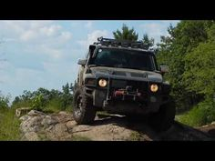 Driving WITHOUT Front Axle Drive Shaft - CV Half Shaft - Hummer H3 Climb...