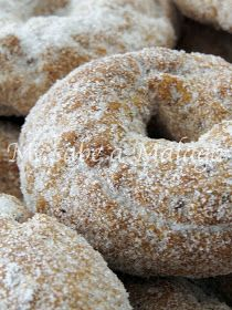 Cartajima es un precioso pueblo malagueño que está situado en el Valle del Genal y forma parte de la comarca de la Serranía de Ronda.  ... Donuts, Pan Dulce, Cookies, Sweet And Salty, Churros, Sweet Bread, Bagel, Food And Drink, Vegetarian
