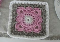 Selkeä ohje Paju isoäidinneliö virkkaus ohje virkattu helppo viltti vauva peitto Crochet Flower Squares, Crochet Flowers, Crafts To Do, Diy Crafts, Diy Crochet And Knitting, Square Blanket, Handicraft, Projects To Try, Ganchillo