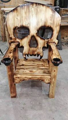 Wooden Pallet Furniture New Wooden Pallet Chair Furniture Ideas Woodworking Projects Diy, Diy Wood Projects, Woodworking Plans, Wood Crafts, Project Projects, Woodworking Skills, Pallet Chair, Into The Woods, Wooden Pallets