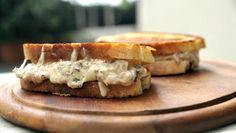 Tuna melt: Ostesmørbrød med tunfiskrøre