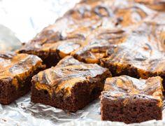 Marble cheesecake pumpkin brownies recipe - easy fall/halloween dessert for the kids!