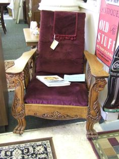fabulous morris chair, the precursor to the recliner, I prefer this one to any recliner I have ever seen