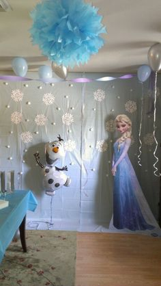 Frozen birthday backdrop...the talk of our little girl's party.