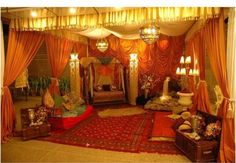 Love this Mehndi Decor! Moroccan Tent, Moroccan Party, Indian Bedroom Design, Moroccan Design, Indian Party Themes, Jasmin Party, Arabian Nights Theme, Period Color, Mehndi Decor