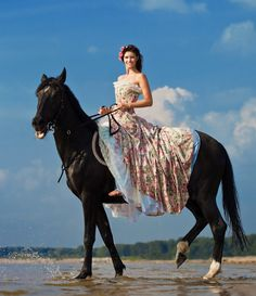 Bali Bridal Style File: Horse Whisperer | Saddle up, Bali Bridal Style | Click the image to visit our website for more great Bali style inspiration!