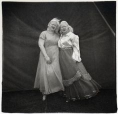 Diane Arbus, Albino Sword Swallower and Her Sister, MD, 1970 Diane Arbus, Coney Island, Black And White Portraits, Black And White Photography, Sword Swallower, Teenage Couples, Harper's Bazaar, Circus Performers, Pose