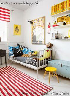 mommo design: IKEA MINNEN BED FOR BOYS