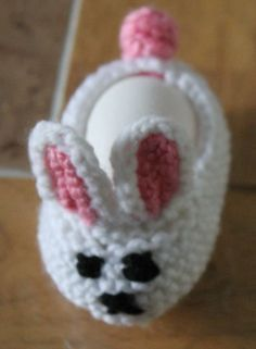 my son was having fun putting an egg into it ; Loom Knitting, Knitting Patterns Free, Free Knitting, Free Pattern, Crochet Patterns, Finger Knitting, Baby Patterns, Easter Egg Pattern, Easter Crochet