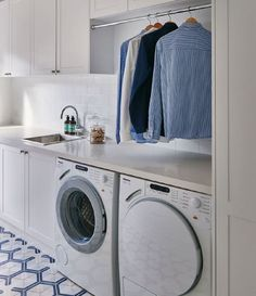 Reclaim space over the counter with hanging rail for shirts - interesting idea for a utility / laundry room! Reclaim space over the counter with hanging rail for shirts - interesting idea for a utility / laundry room! Laundry Design, Room Storage Diy, Laundry Room Inspiration, Room Shelves, Laundry In Bathroom, Hanging Rail