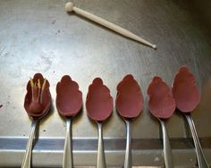 tutorial for gum paste tulips