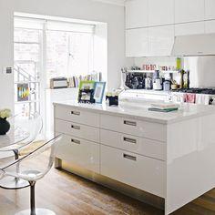 Kitchen: Minimal: White kitchen island | Minimal Kitchen Ideas | Red Online