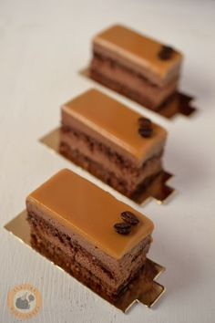 Hungarian Desserts, Hungarian Recipes, Tasty, Yummy Food, Cake Bars, Best Food Ever, Confectionery, Fun Desserts, Fudge