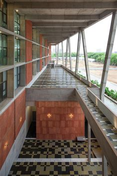 Gallery - Institute of Engineering and Technology – Ahmedabad University / vir.mueller architects - 13