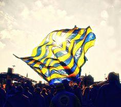 Photo Fenerbahçe by Gökhan Barlas on Chelsea Football, Chelsea Fc, 1080p Wallpaper, Wallpaper Online, Red And Blue Logo, Leonel Messi, Paris Saint, Ac Milan, Extreme Sports