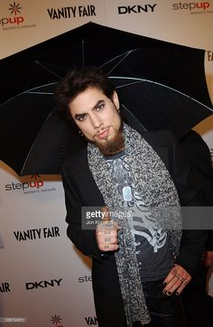 Dave Navarro during DKNY Presents Vanity Fair 'In Concert' To Benefit Step Up Women's Network - Arrivals at Avalon Hollywood in Hollywood, California, United States.