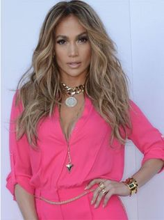 love love her blondes deff summer time haircolor Jennifer Lopez
