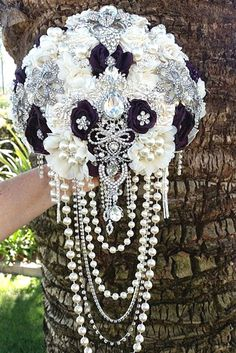 24 Brooch Wedding Bouquets That Will Excite You ❤ See more: http://www.weddingforward.com/brooch-wedding-bouquets/ #weddings