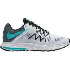 nike roshe runs Best Running Shoes, Nike Running, Nike Zoom, Nike Free Runs For Women, Nike Roshe Run, School Shoes, New Shoes, Athletic Shoes, Shoe Boots