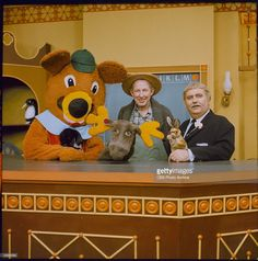 American children's television host Robert (Bob) Keeshan (R) poses with the cast of his TV series 'Captaon Kangaroo,' circa 1967. L-R: 'Dancing Bear,' 'Mr. Moose,' Hugh 'Lumpy' Brannum (as Mr. Green Jeans), Bunny Rabbit and Keeshan.