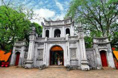 10 Top Tourist Attractions in Hanoi « Travel SaPa 365 http://hivietnam.vn/da-nang/ http://hivietnam.vn/ho-chi-minh-mausoleum-opening-hours/ http://hivietnam.vn/temple-of-literature-hanoi/