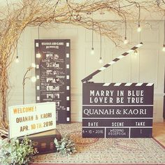 *marry in blue,lover be true* 映画関連のお仕事をされているふたり。 こだわって作った特大カチンコ!…