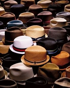 Organized Collection of Fedora Style Hats Sharp Dressed Man, Well Dressed Men, Fashion Moda, Mens Fashion, Fashion Hats, Fashion Scarves, 1950s Fashion, Vintage Fashion, Vogue Fashion