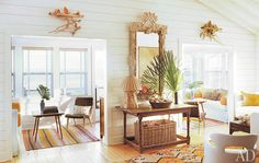 One of my most favorite interior designers - Amelia Handegan from Charleston, SC. Her beach house decor is so very tasteful.