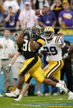 Warren Holloway became an Iowa legend with this catch in the 2005 Capital One Bowl.