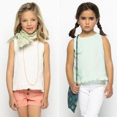 Marca tendencia con nuestras camisas!!! http://www.nicoli.es/tienda/mini/nina/tops/
