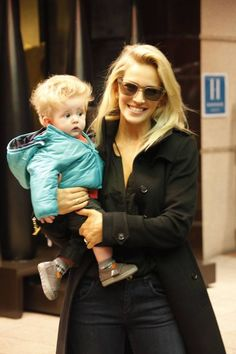 Luisana Lopilato wife of Michael Buble and her baby son Noah are seen after an exercise session in Barcelona. Photo: KDNPIX