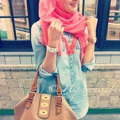 jeans + bright colour hijab = adorable♥