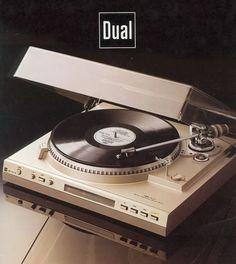 Quartz Electronic Direct Drive DUAL CS 741 Q (1981) www.1001hifi.com