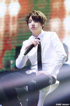 Jungkook Rookie king | BTS -방탄소년단- | Pinterest | BTS, Bts ...