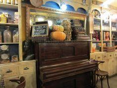 Fotos en la nube :) Tapas, Piano, Music Instruments, Cloud, Zaragoza, Restaurants, Musical Instruments, Pianos