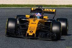 Jolyon Palmer (GBR) Renault Sport F1 Team RS17.  09.03.2017. Formula One Testing, Day Three, Barcelona, Spain. Thursday