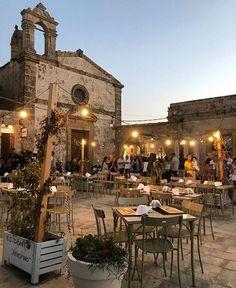 beautiful places to go in italy Italy Vacation, Italy Travel, Places To Travel, Places To Go, Italy Map, Italy Holidays, Sicily Italy, Verona Italy, Tuscany Italy