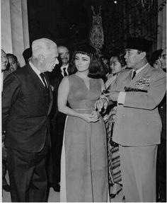 Sukarno & Elizabeth Taylor