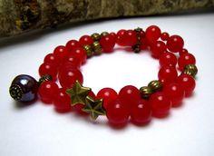 """Bracelet en pierres fines d'agate rouge """"cerise griotte"""" par Boutique Astrallia : http://www.alittlemarket.com/bracelet/fr_bracelet_en_pierres_fines_dagate_rouge_par_boutique_astrallia_-10499519.html"""