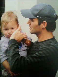 Federer Da-a-d? Quit it. Roger Federer Kids, Roger Federer Family, Federer Twins, Mr Perfect, Perfect Tennis, Nostalgic Pictures, Tennis Legends, Le Tennis, Tennis Stars